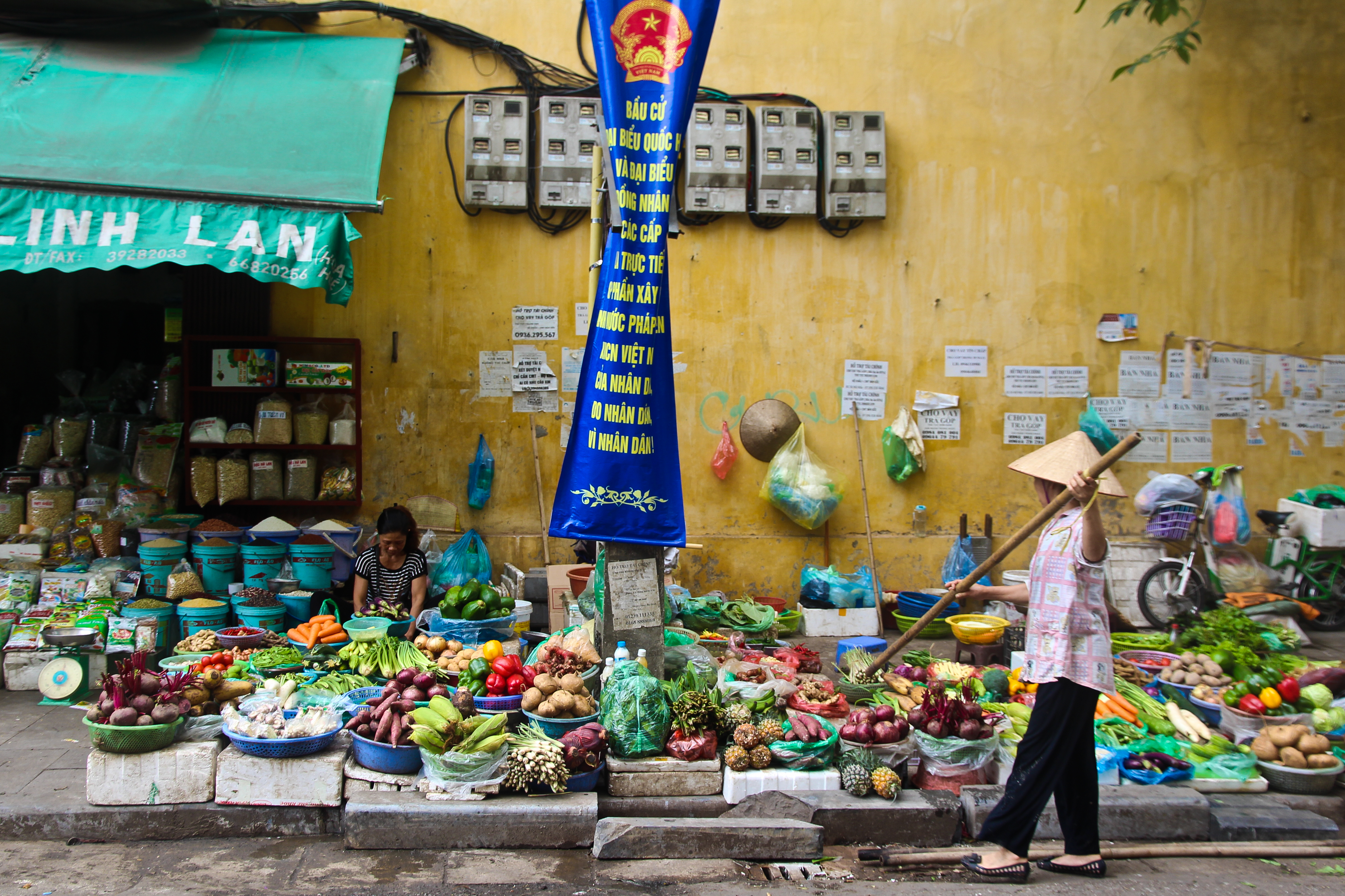 36 hours in Hanoi, Vietnam - a street food experience